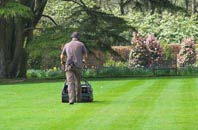 Buckinghamshire lawn mowing services